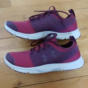Men's Under Armour Drift  - Like New!